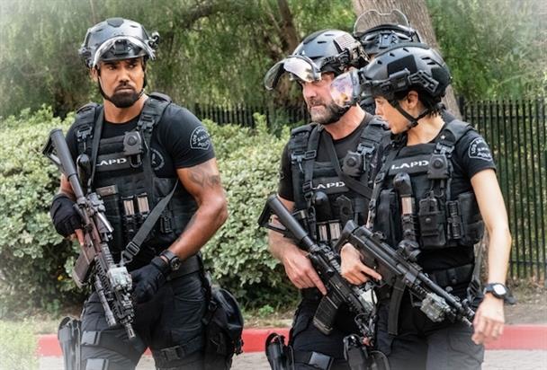 SWAT Saison 4 Episode 10LCkcJV 5