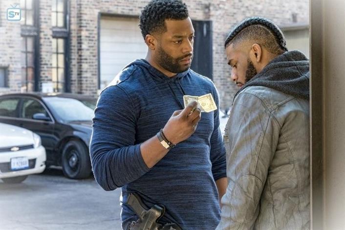 Chicago PD Saison 8 Episode 9p4IC1kDaM 4