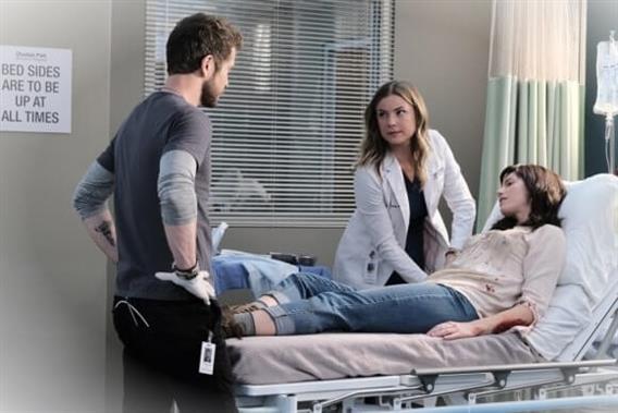 The Resident Saison 4 Episode 8 Nic fait face a ses traumatismes un4L8ZGR 4