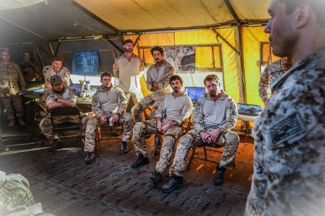 SEAL Team Saison 4 Episode 12 Rearview Mirror Fera partir sesR59PV8kNm 5
