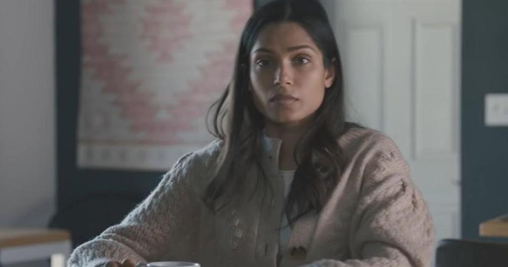 La fin dIntrusion expliquee Meera atelle tue Henry r8K5dBdl 2 4